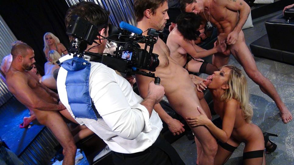 porno-video-na-stsene-industrii-seksualnie-poshlie-foto