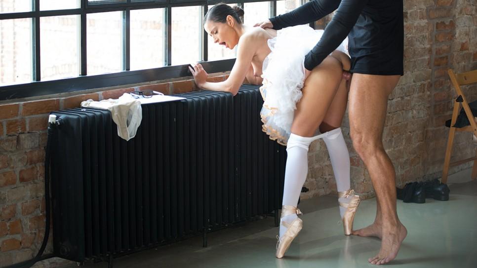 балерину трахают фото