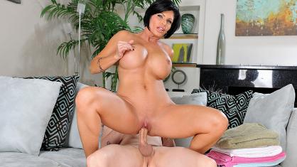 gros seins mamans porno jeune lesbienne seins